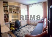 Apartament cu 3 camere utilat si mobilat, etaj intermediar, Plopilor