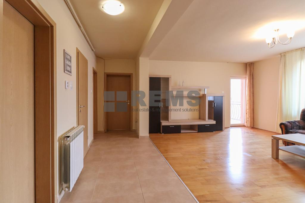 Apartment for sale int Andrei Muresanu at 110000 EURO ID: REMS 11691