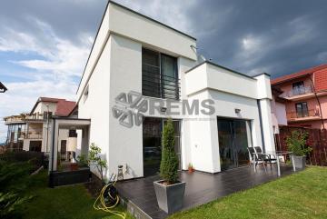 Casa modernista in Zorilor