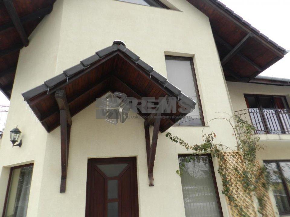 Casa deosebita in Andrei Muresanu