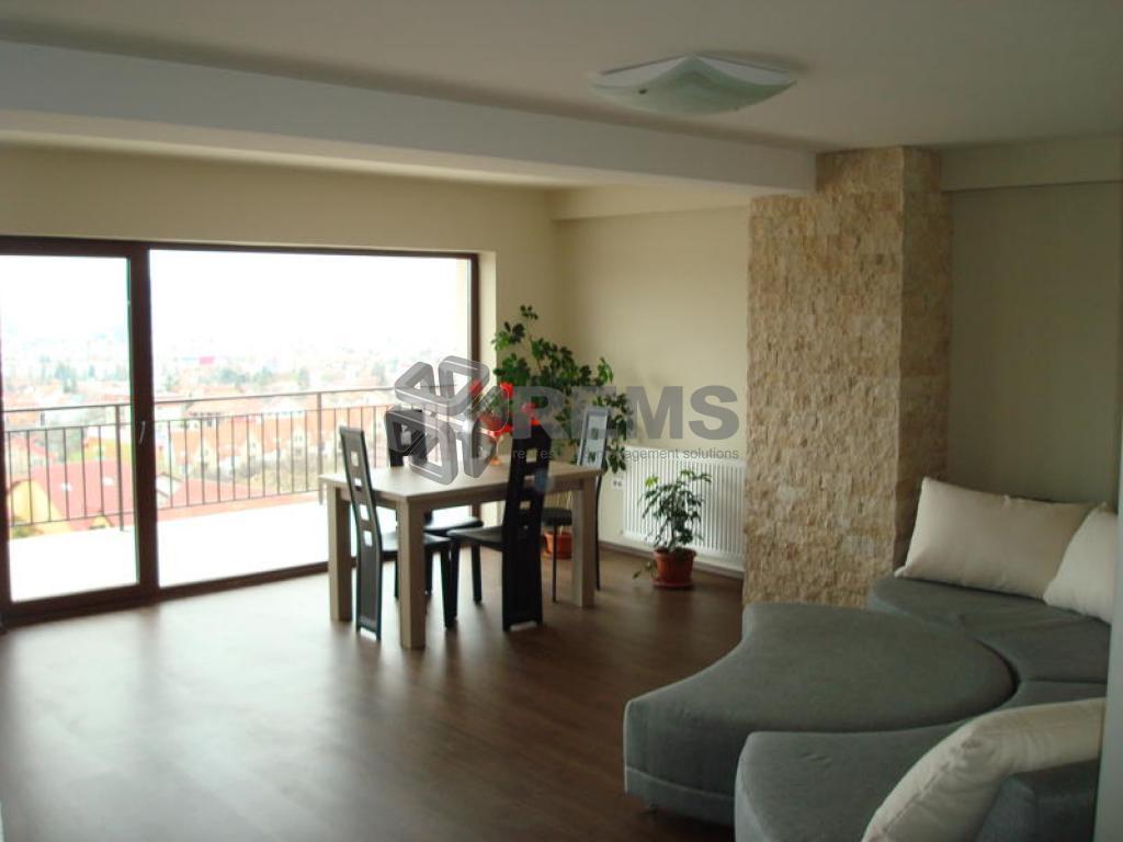 Apartament 3 camere lux 180 mp in Andrei Muresanu