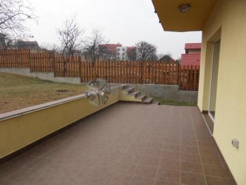 Duplex de inchiriat, cu gradina