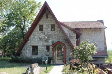 Casa deosebita in apropiere de Belvedere