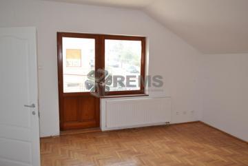 Casa individuala in zona centrala, ideal sediu de firma