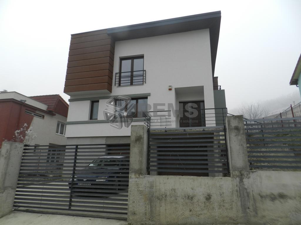 Casa constructie noua in Manastur, zona Campului