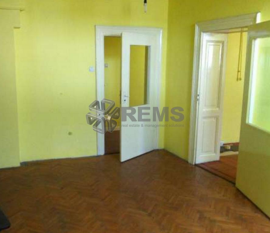Apartament cu 5 camere in Centru, zona Tribunal, ideal birou, 128 mp