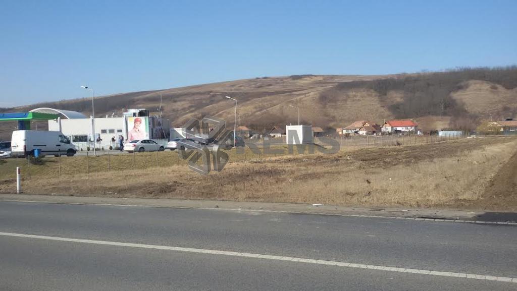 Teren de vanzare in zona industriala cu front la centura Apahida