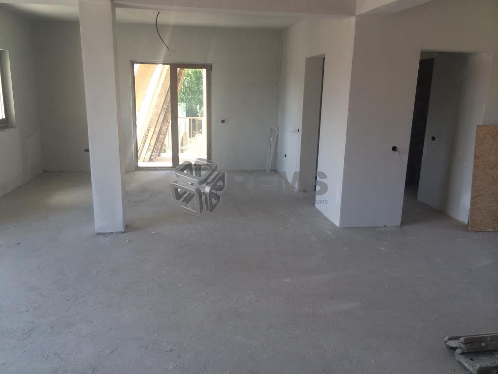 Apartament cu 3 camere in Grigorescu cu panorama deosebita