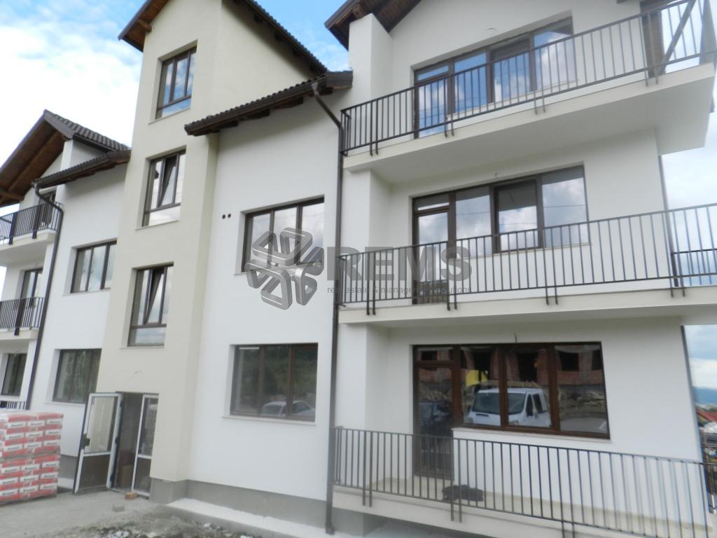 Apartament 3 camere, 105 mp utili, imobil cu 6 apartamente, Buna Ziua