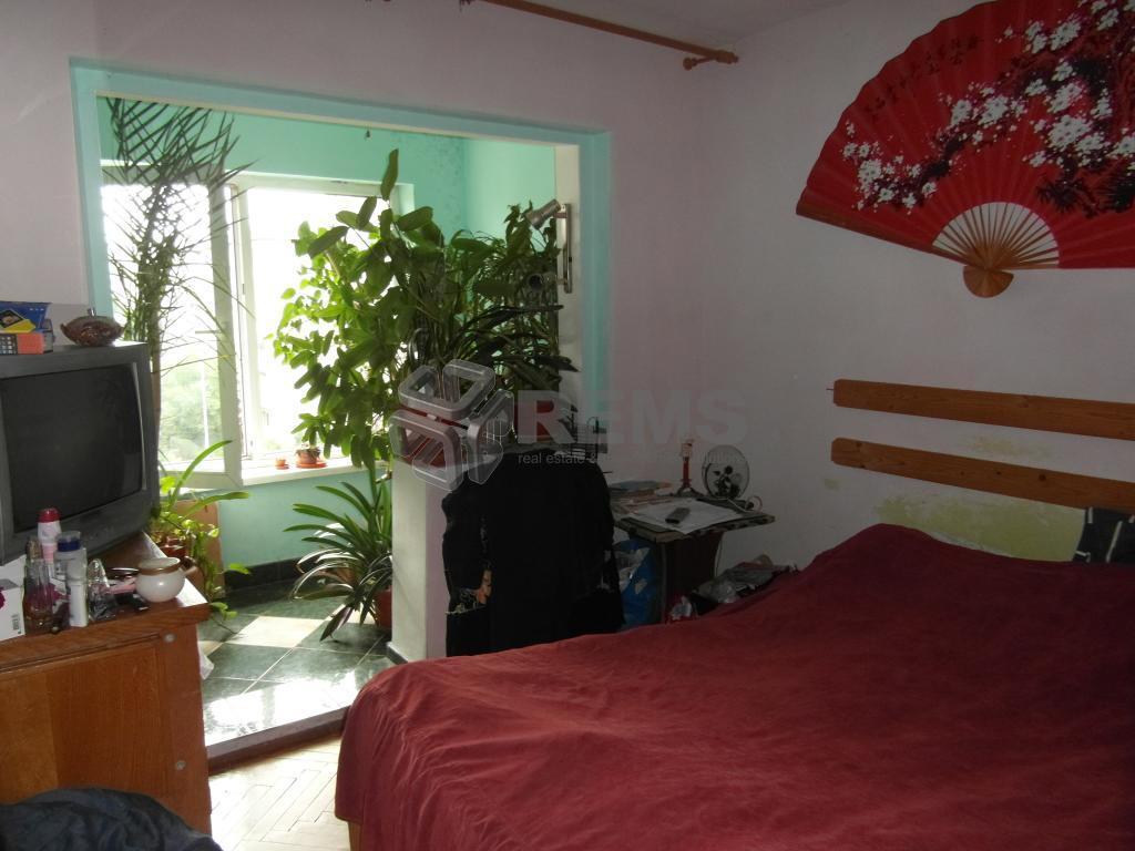 Apartament 3 camere, Intre Lacuri