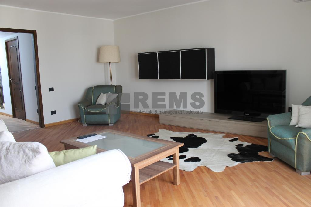 Apartament 150 mp, 3 dormitoare, c-tie noua tip vila, langa Scoala Internationala