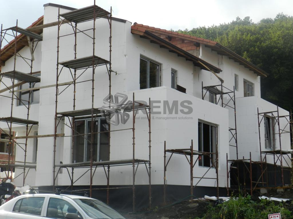 Casa duplex de vanzare in cartierul Manastur zona Campului