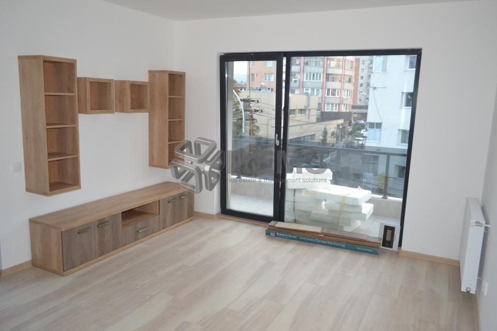 Apartament cu 3 camere in bloc nou zona Farmec