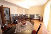 Apartament cu 2 camere, decomandat, in vila str Becas