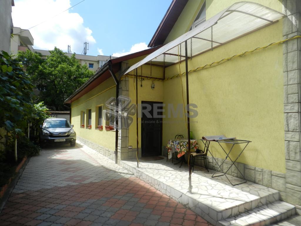 Casa cu proiect autorizat pentru extindere P+2
