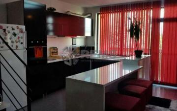 Apartament 3 camere, doua nivele, zona Farmec