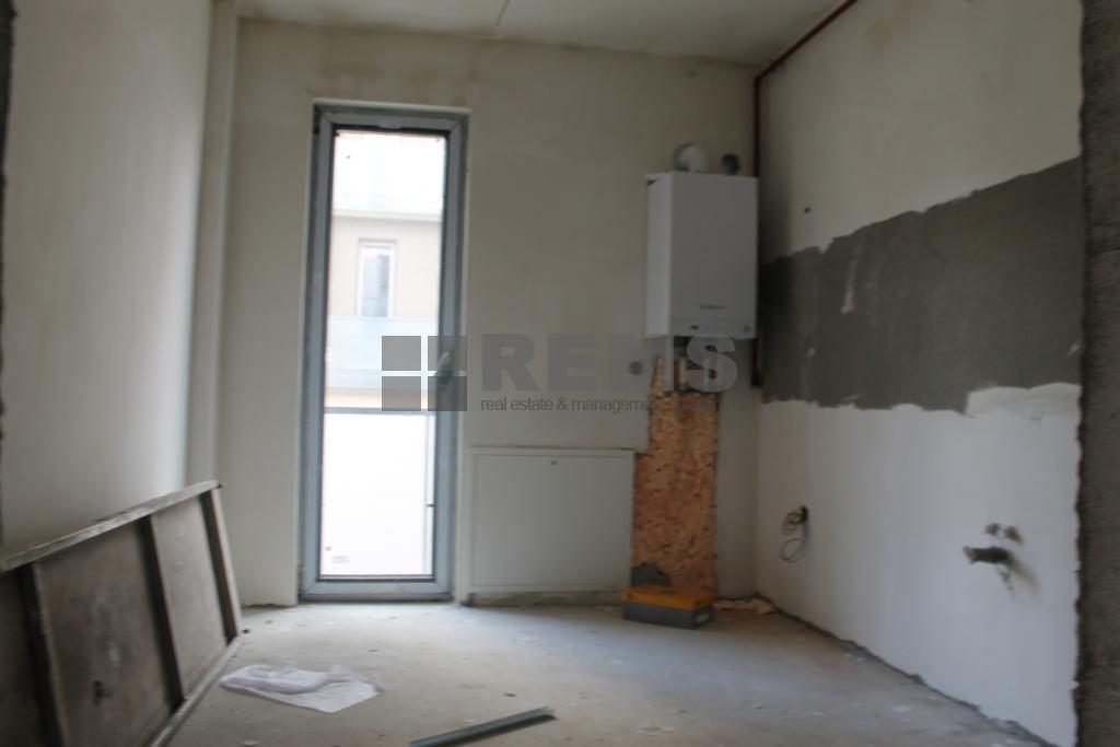 Apartament 3 camere, c-tie noua, Buna Ziua