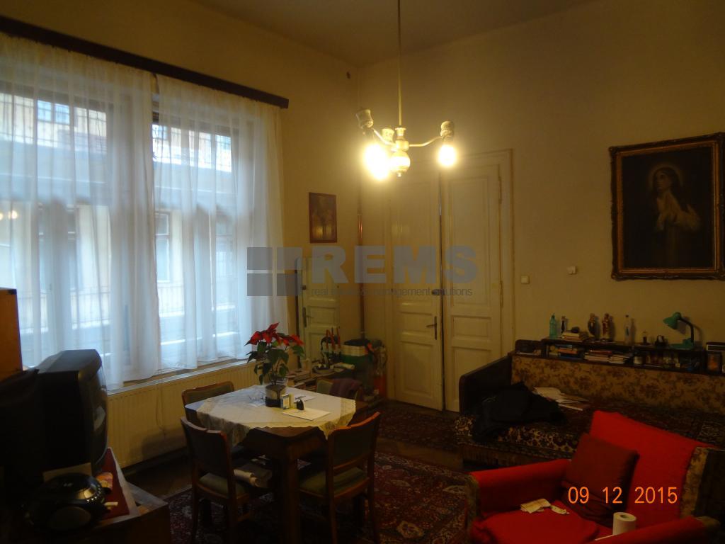 Apartament cu 2 camere in Centru, zona strazii 21 Decembrie, ideal birou, 90 mp