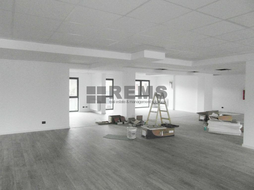 Showroom / Cabinet Medical / Birouri