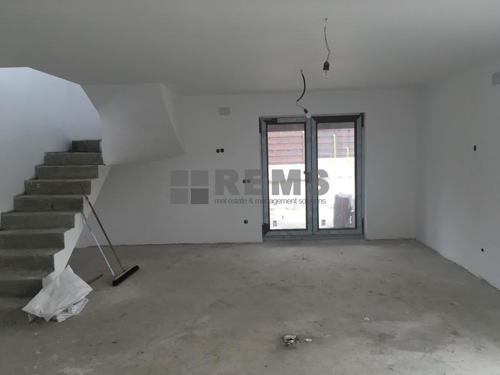 Casa superba, 4 camere, Buna Ziua, gradina generoasa