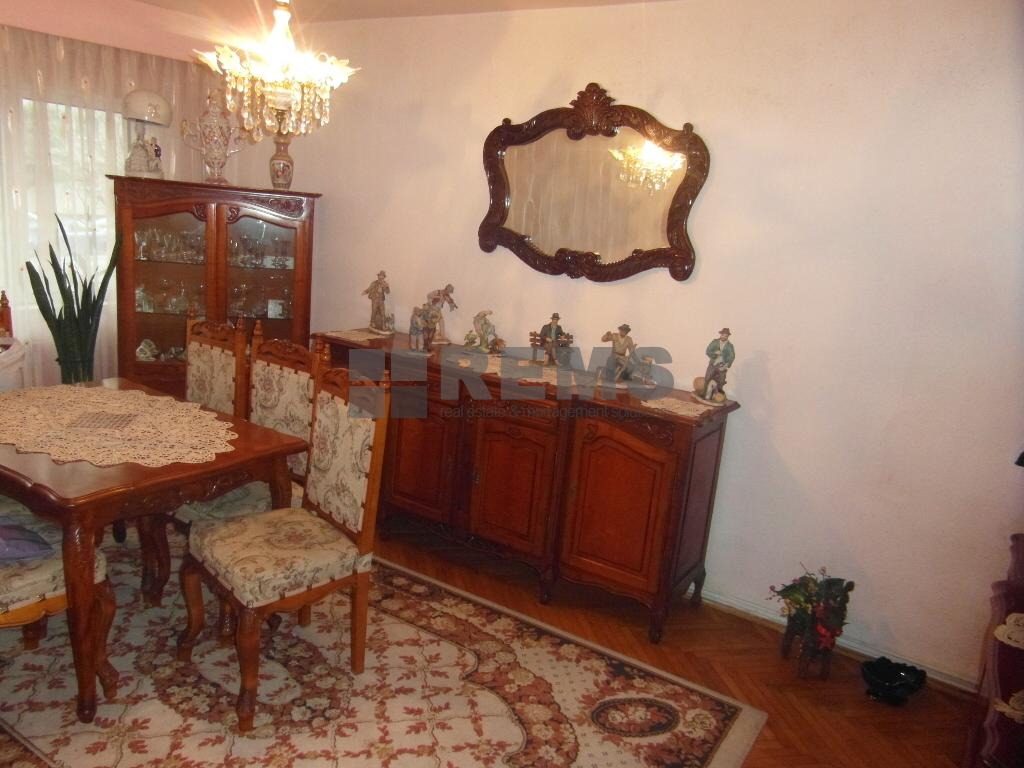 Apartament confort sporit in zona Fsega !