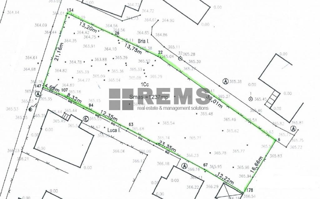 Teren pentru constructii imobil mixt ,hotel sau birouri P+5E