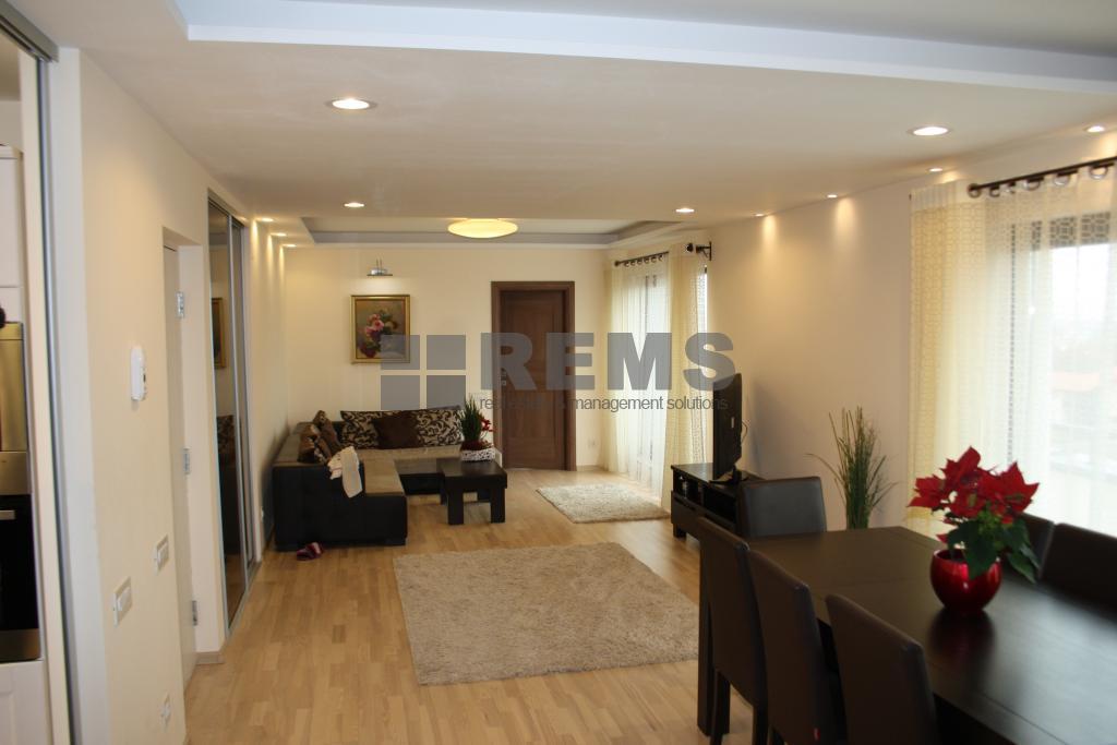 Apartament cu 3 camere cu finisaje deosebite in Zorilor
