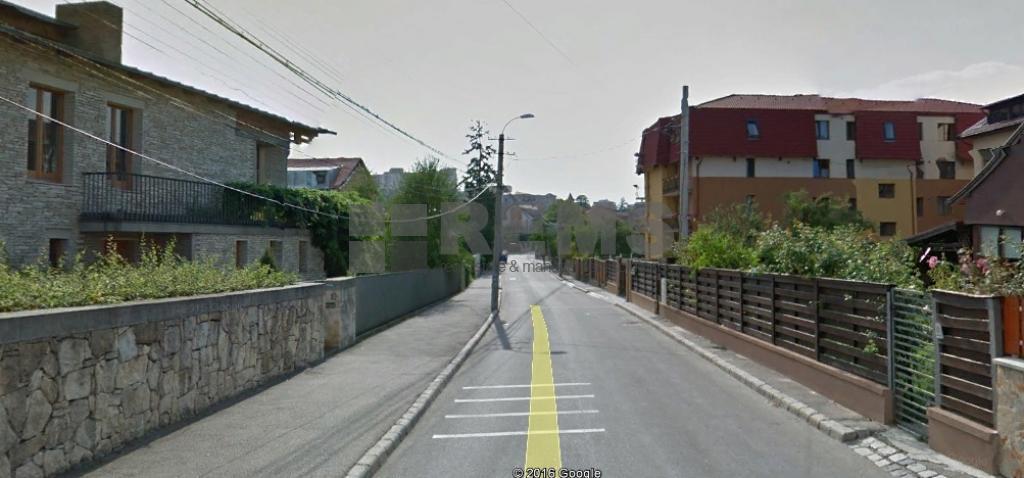 Teren de vanzare in cartierul Zorilor strada Ceahlau