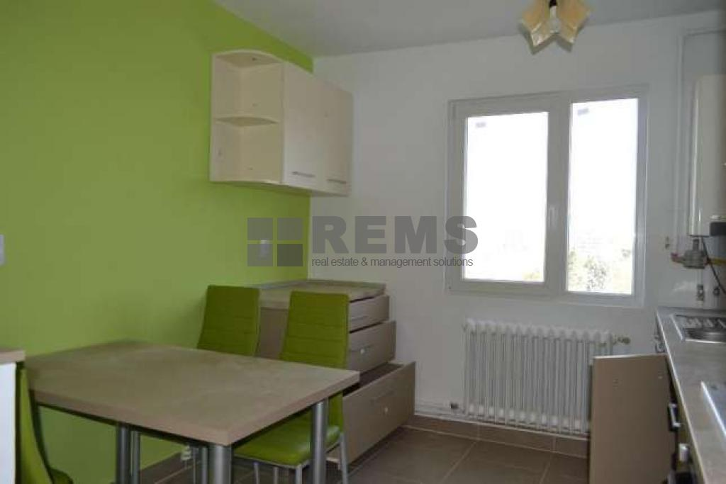 Apartament luminos in zona linistita