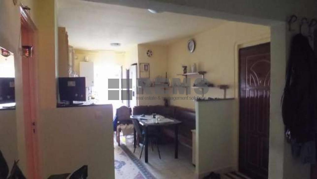 Apartament in zona linistita cu 2 parcari