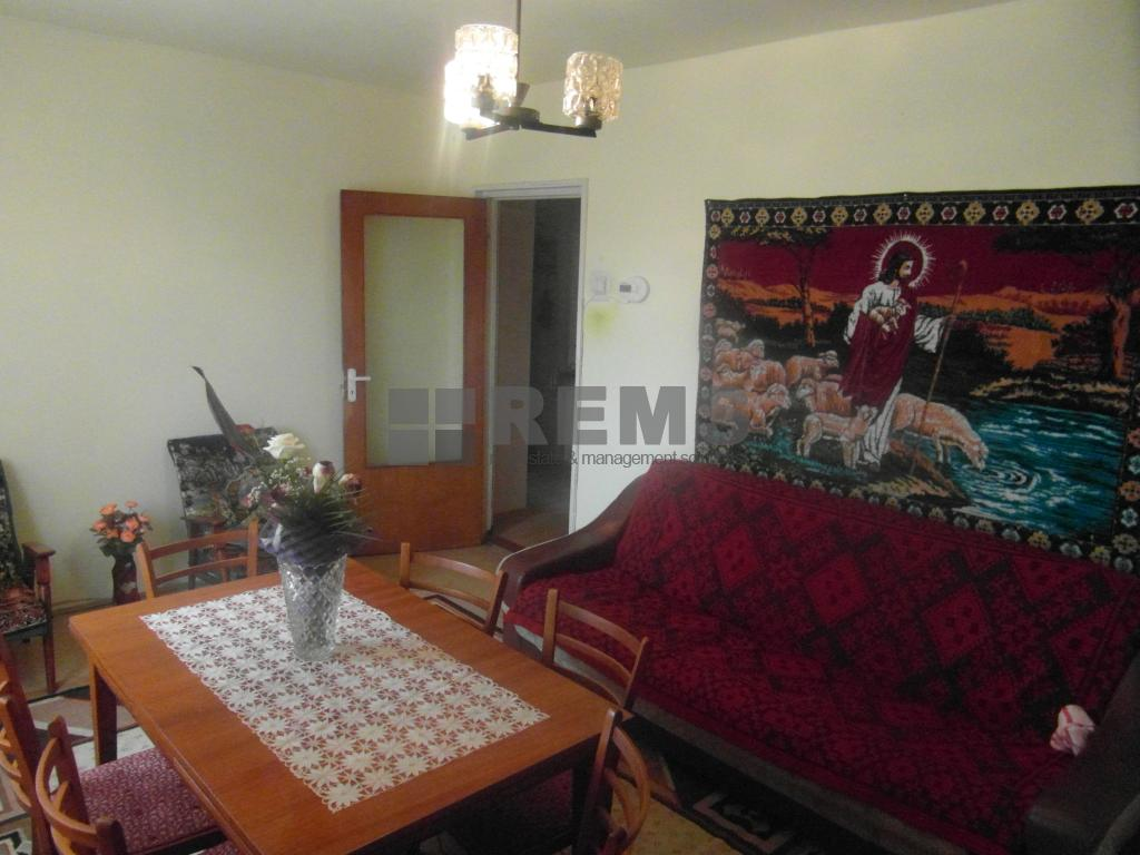 Apartament cu 2 balcoane si 2 bai langa Piata Marasti