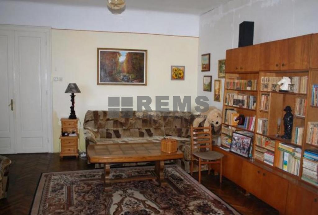 Apartament cu 2 camere in Centru, zona P-ta Mihai Viteazu, 98 mp