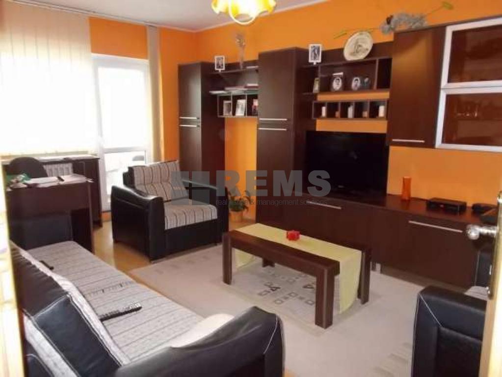 Apartament la etaj intermediar in Marasti