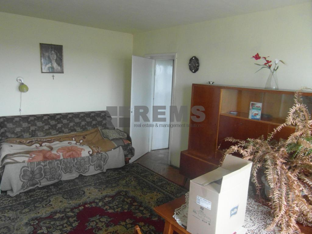 Apartament la etaj intermediar cu panorama superba