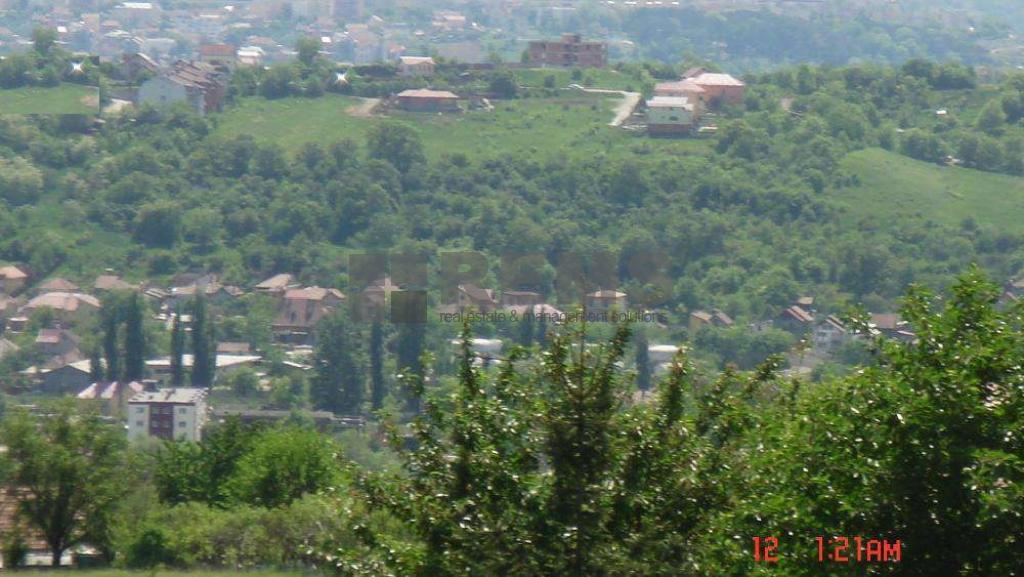 Teren de vanzare in cartierul Dambu Rotund zona strazii Sitarilor