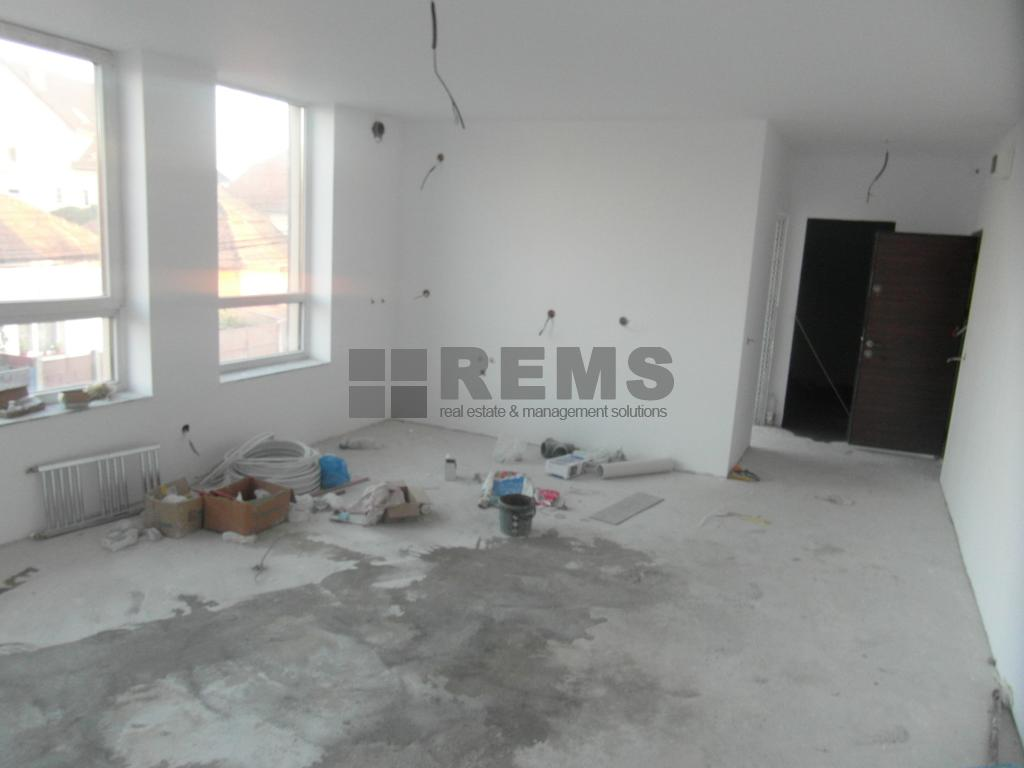 Apartament in bloc nou in zona linistita