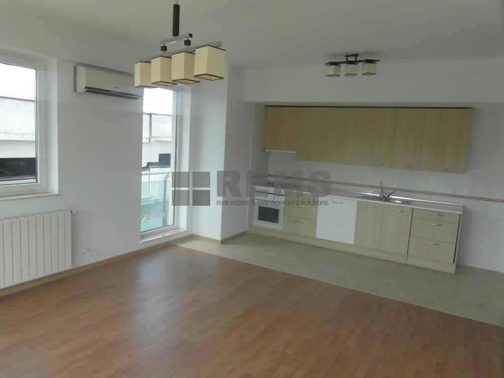 Apartament modern la etaj intermediar in ansamblu exclusivist