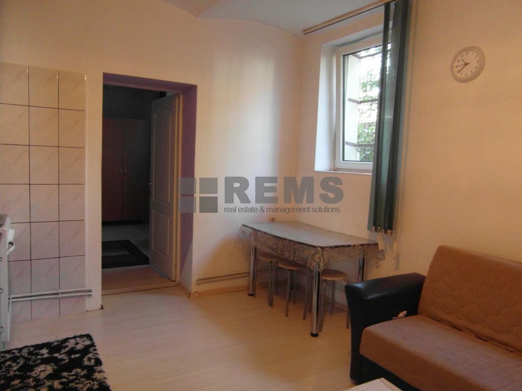 Apartament cu 2 camere in Centru, zona strazii Republicii, 50 mp