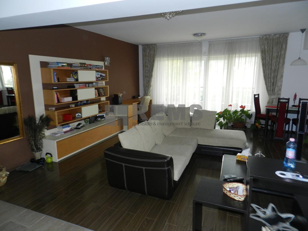 Apartament generos cu 2 camere in Plopilor