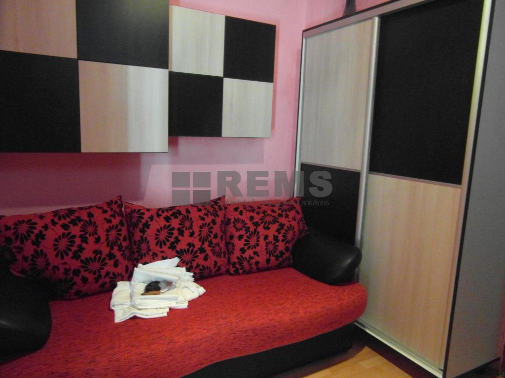 Apartament cu 2 camere in Centru, zona strazii 21 Decembrie, ideal birou, 35 mp