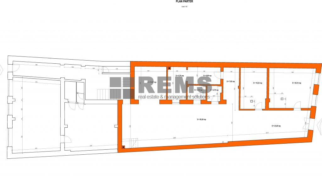 Cladire interbelica ultracentrala pentru galerie de arta, sala pentru evenimente, restaurant
