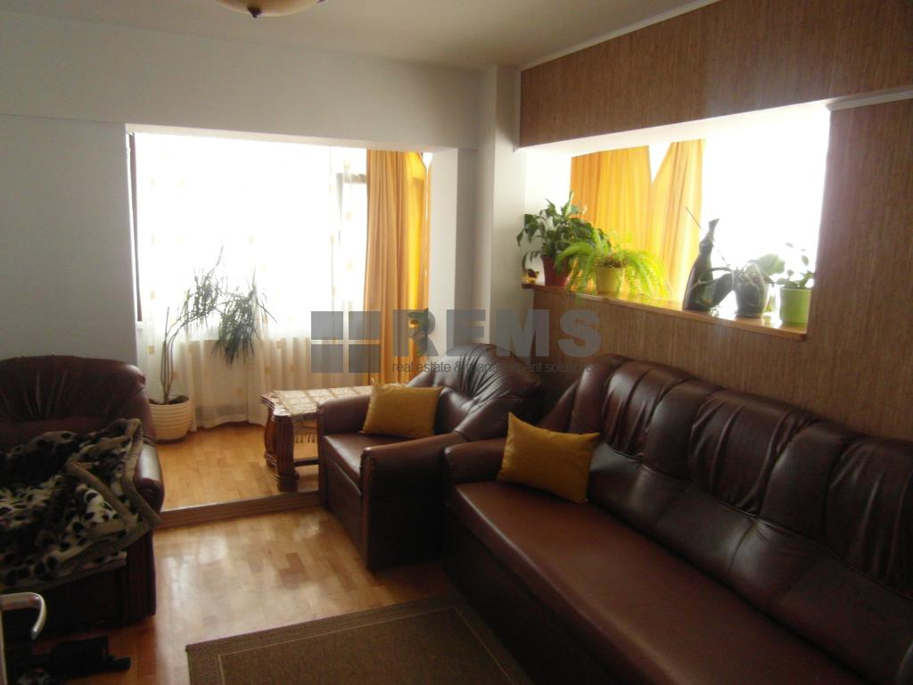 Apartament modern,62 mp,etaj intermediar, Iulius Mall