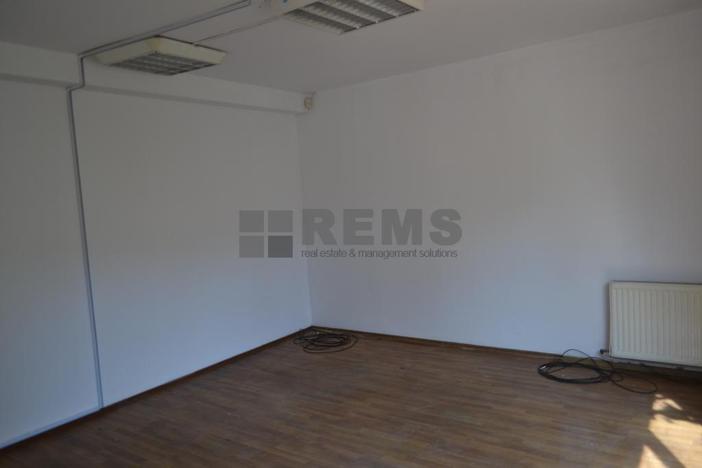 Casa ideal sediu de firma in Plopilor