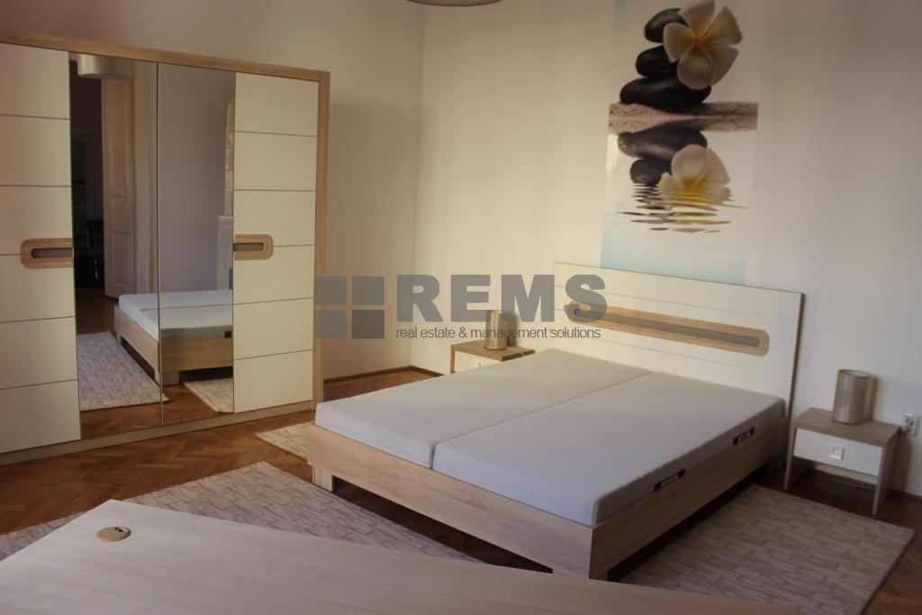 Apartament 2 dormitoare, 85 mp, zona Parcului Central