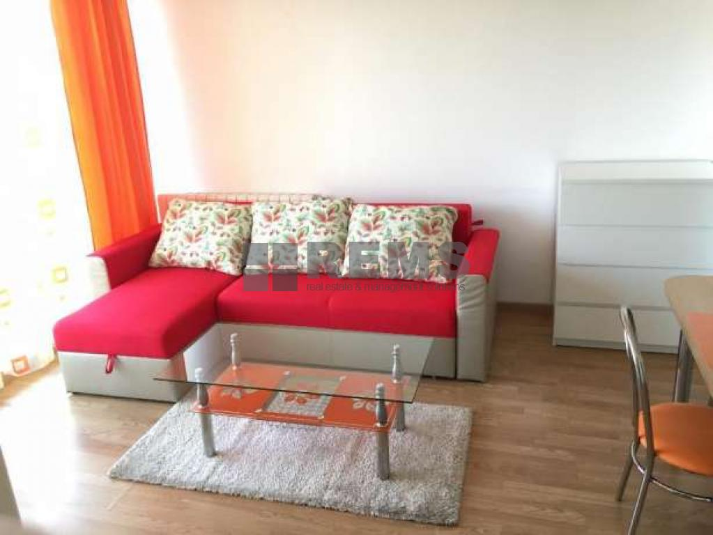 Apartament modern, finisat si mobilat,locatie de lux