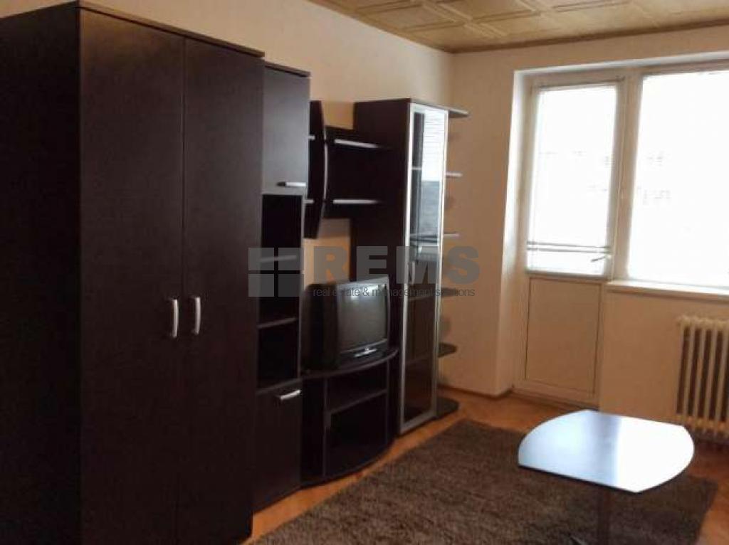 Apartament 2 camere, etaj intermediar, zona Iulius Mall