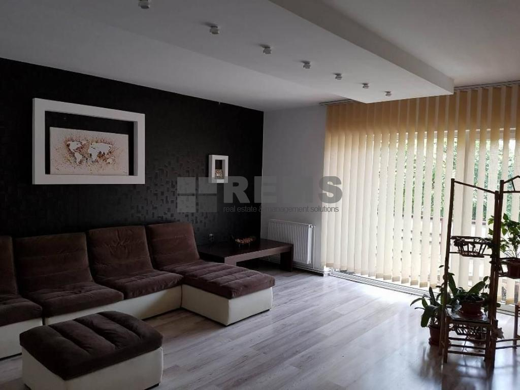 Apartament 3 camere, 100 mp, c-tie noua, zona Eugen Ionesco