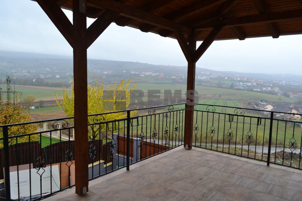 Casa individuala la prima inchiriere in Borhanci