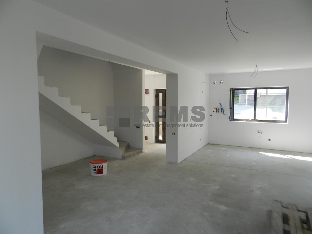 Casa de vanzare, sistem triplex, 4 camere, Manastur