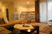 Apartament de lux, 3 camere, 2 locuri parcare subteran, Riviera Residence